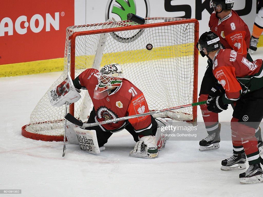 SWE: Frolunda Gothenburg v Grizzlys Wolfsburg - Champions Hockey League