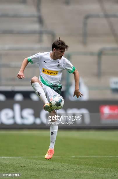 Jonas Hofmann of Borussia Moenchengladbach in action during the Bundesliga match between Borussia Moenchengladbach and Hertha BSC at BorussiaPark on...