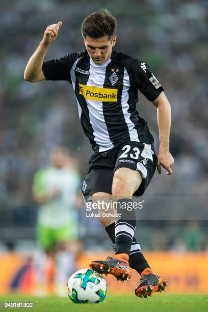 Jonas Hofmann of Moenchengladbach in action during the Bundesliga match between Borussia Moenchengladbach and VfL Wolfsburg at BorussiaPark on April...