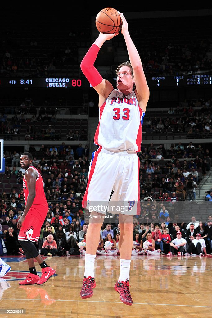 Jonas Jerebko #33 of the Detroit Pistons shoots the ball against the Chicago Bulls on November 27, 2013 at The Palace of Auburn Hills in Auburn Hills, Michigan.