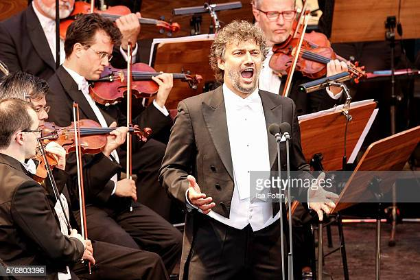 Jonas Kaufmann performs at the Opera Gala With Jonas Kaufmann during the Thurn Taxis Castle Festival 2016 on July 17 2016 in Regensburg Germany