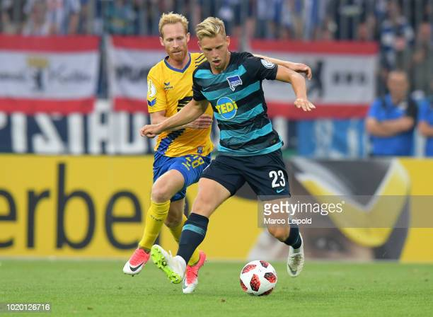 Jonas Thorsen of Eintracht Braunschweig and Arne Maier of Hertha BSC during the game between Eintracht Braunschweig and Hertha BSC at the...