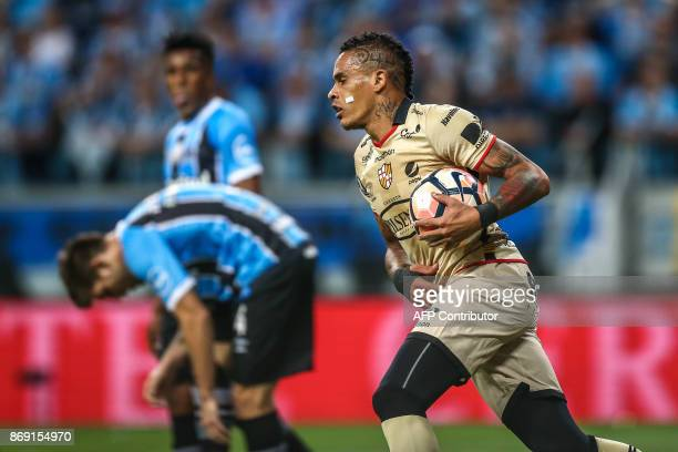 Jonatan Alves of Ecuador's Barcelona celebrates after scoring against Brazil's Gremio during their Copa Libertadores 2017 football match held at the...
