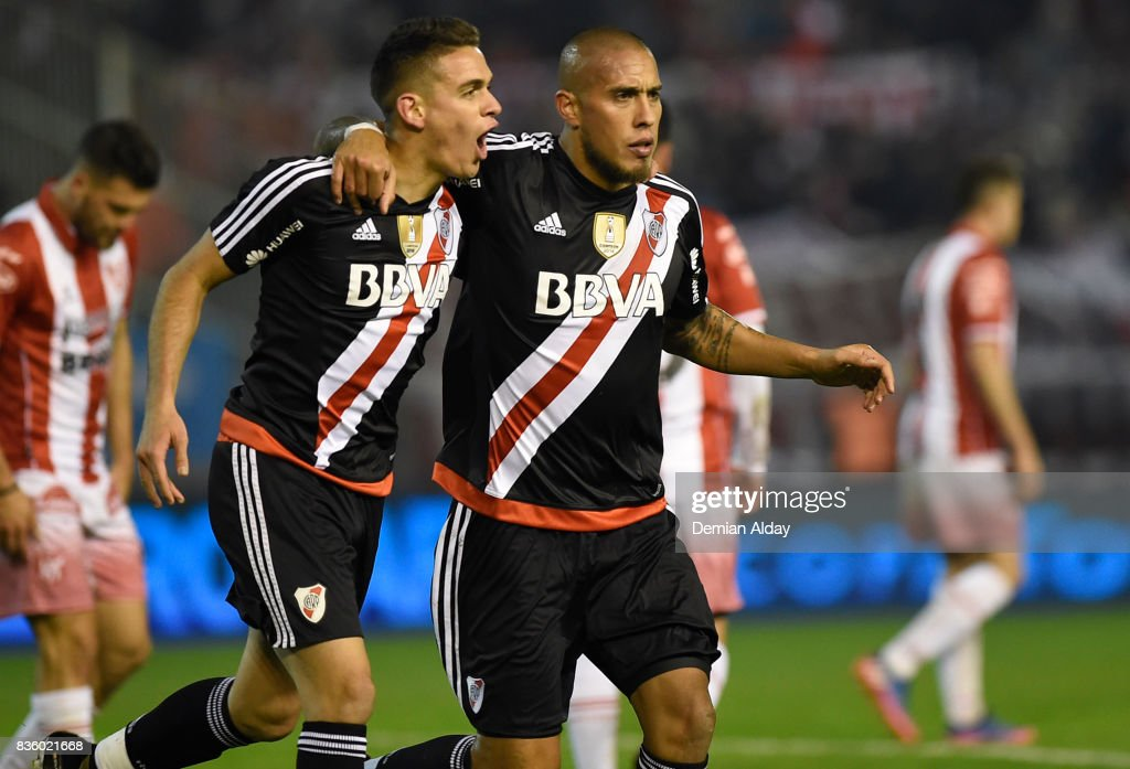 Jonatan Maidana of River Plate celebrates with teammate Rafael Santos Borre after scoring the third goal of his team during a match between River Plate and Instituto as part of round 16 of Copa Argentina 2017 at Jose Maria Minella Stadium on August 20, 2017 in Mar del Plata, Argentina.