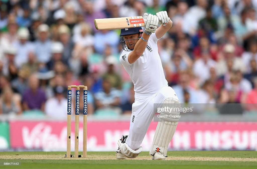 England v Pakistan: 4th Investec Test - Day Four