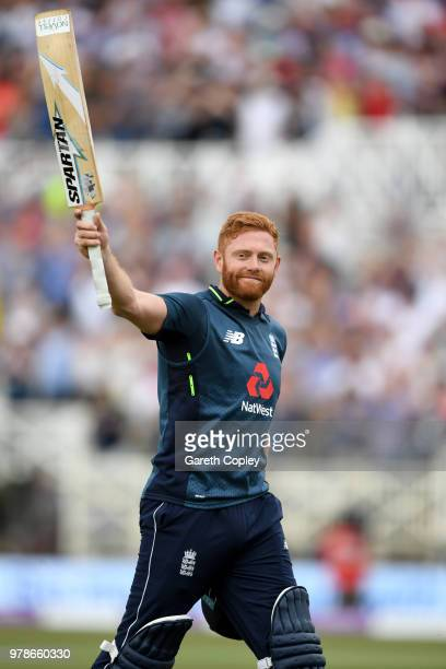 Jonathan Bairstow of England saltues the crowd as he leaves the field after making 139 runs during the 3rd Royal London ODI match between England and...