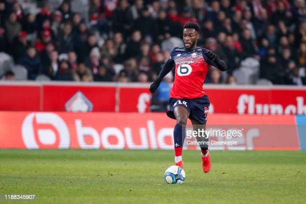 Jonathan Bamba of Losc controls the ball during the Ligue 1 match between Lille OSC and Montpellier HSC at Stade Pierre Mauroy on December 13, 2019...