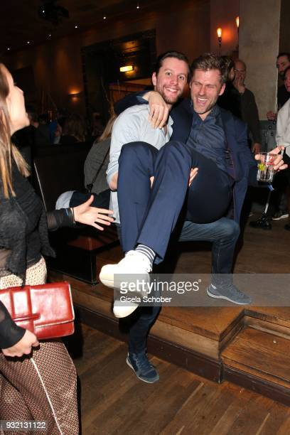 Jonathan Beck carries Jens Atzorn during the NdF after work press cocktail at Parkcafe on March 14 2018 in Munich Germany