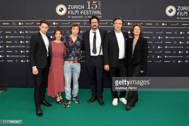 """Jonathan Berlin, Janina Fautz, Michelangelo Fortuzzi, Michael Krummenacher, Oliver Masucci and Barbara Auer attend the """"Der Preis der Freiheit""""..."""