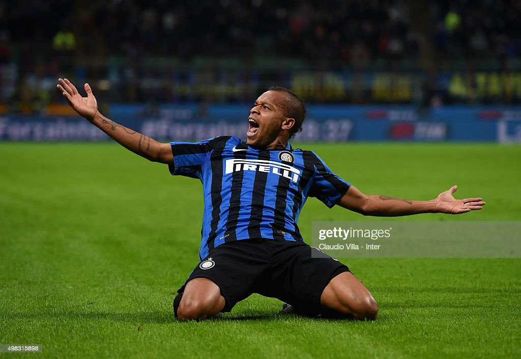 Jonathan Biabiany of FC Internazionale celebrates after scoring the opening goal during the Serie A match between FC Internazionale Milano and Frosinone Calcio at Stadio Giuseppe Meazza on November 22, 2015 in Milan, Italy.