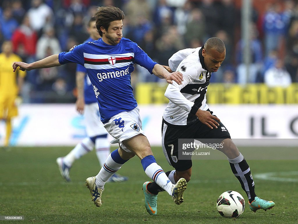 Jonathan Biabiany (R) of Parma FC competes for the ball with Gianluca Sansone (L) of UC Sampdoria during the Serie A match between UC Sampdoria and Parma FC at Stadio Luigi Ferraris on March 3, 2013 in Genoa, Italy.