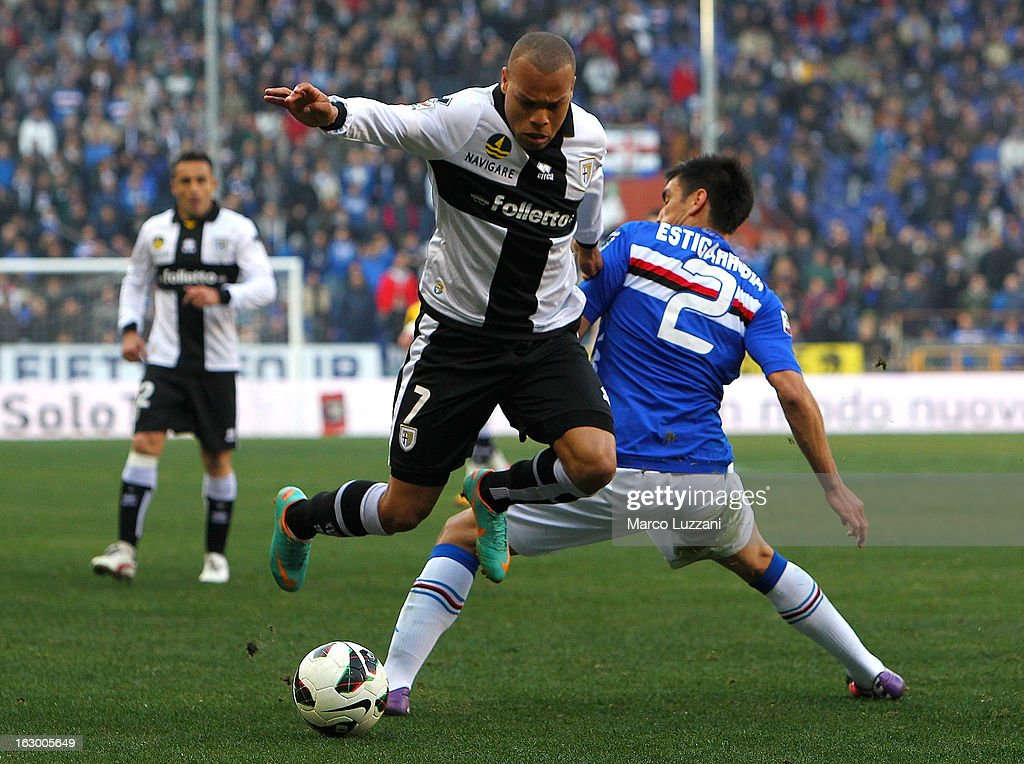 Jonathan Biabiany of Parma FC competes for the ball with Marcelo Estigarribia of UC Sampdoria during the Serie A match between UC Sampdoria and Parma FC at Stadio Luigi Ferraris on March 3, 2013 in Genoa, Italy.