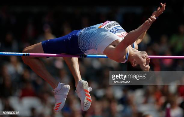 Jonathan BroomEdwards of Great Britain clears the bar on his way to winning silver in the men's high jump T44 final during the World Para Athletics...