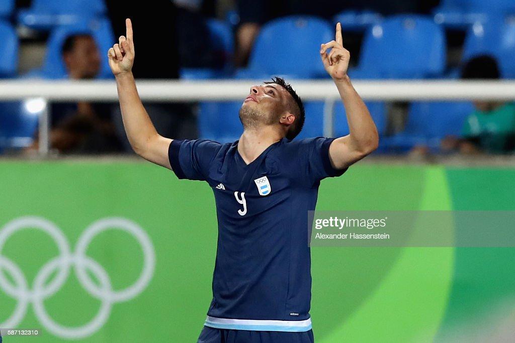 Argentina v Algeria: Men's Football - Olympics: Day 2 : News Photo