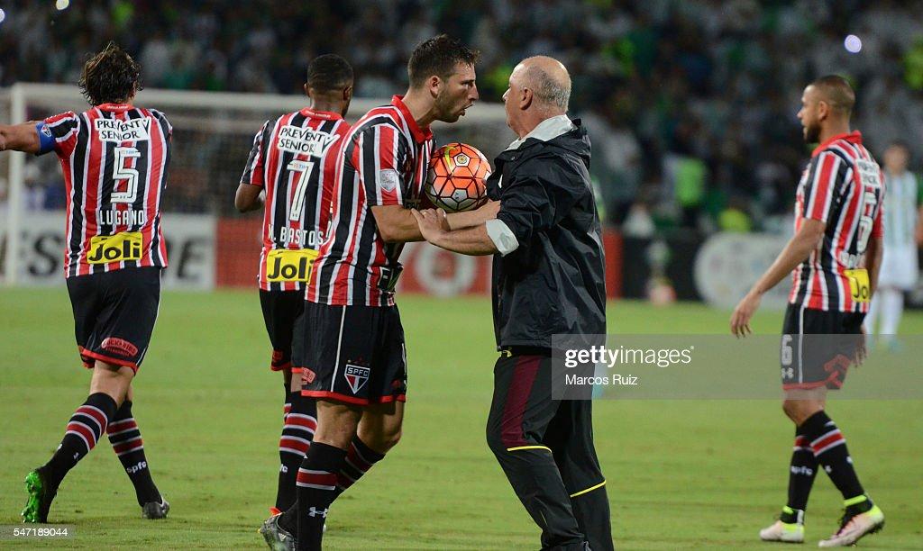 Atletico Nacional v Sao Paulo - Copa Libertadores 2016 : News Photo