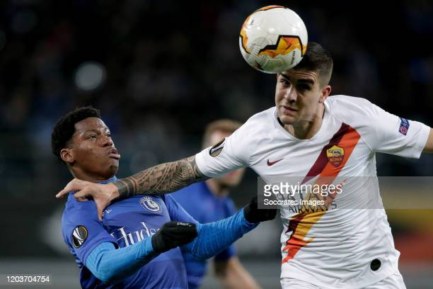 Jonathan David of KAA Gent, Gianluca Mancini of AS Roma during the UEFA Europa League match between Gent v AS Roma at the Ghelamco Arena on February...