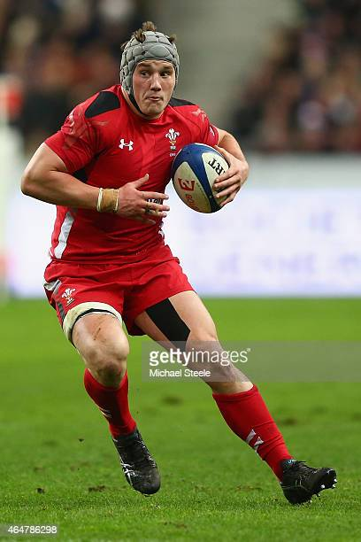 Jonathan Davies of Wales during the RBS Six Nations match between France and Wales at the Stade de France on February 28 2015 in Paris France