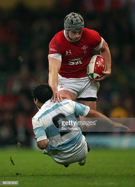 Jonathan Davies of Wales runs at the Argentina defence during the International Rugby Union match between Wales and Argentina at Millennium Stadium...
