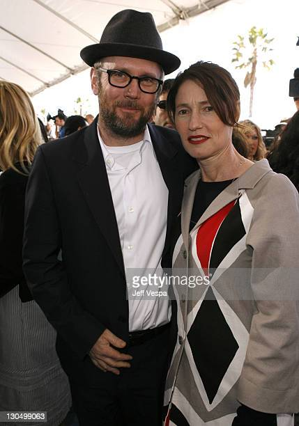 "Jonathan Dayton and Valerie Faris nominees Best Director for ""Little Miss Sunshine"""
