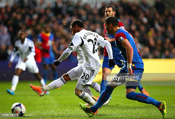Jonathan de Guzman of Swansea City scores the opening goal during the Barclays Premier League match between Swansea City and Crystal Palace at...