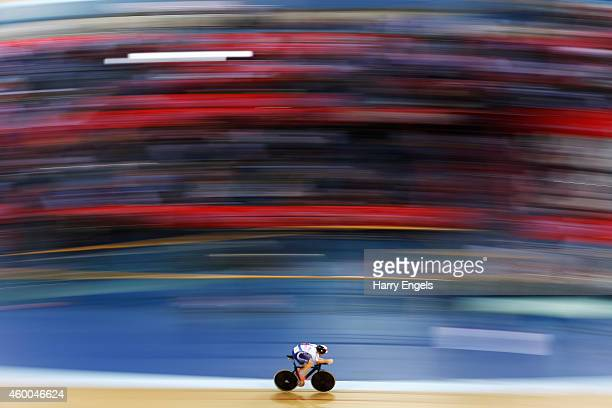 Jonathan Dibben of Great Britain rides during the Men's Omnium Individual Pursuit on day two of the UCI Track Cycling World Cup at the Lee Valley...