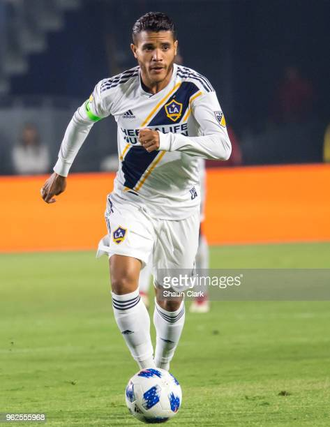 Jonathan dos Santos of Los Angeles Galaxy during the Los Angeles Galaxy's MLS match against San Jose Earthquakes at the StubHub Center on May 25 2018...