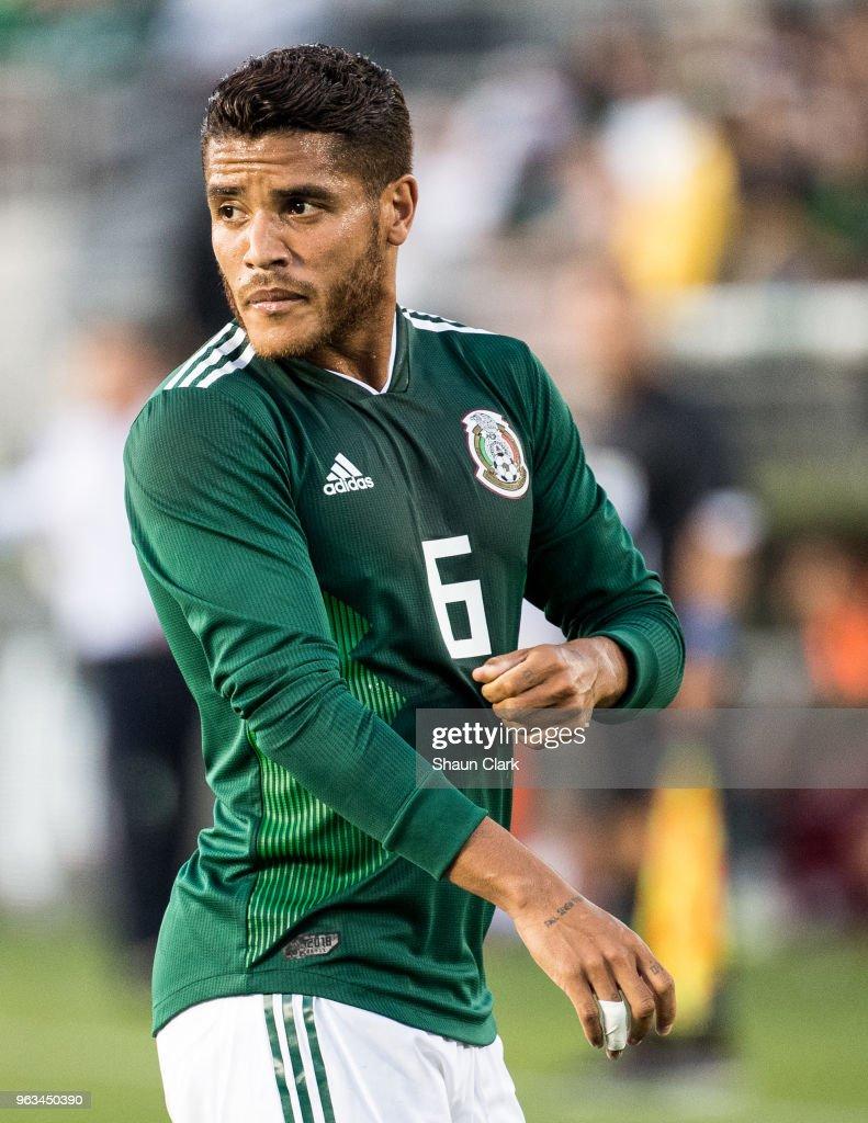 Mexico v Wales : News Photo