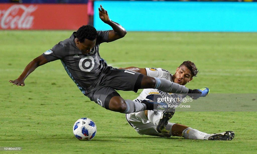 Minnesota United v Los Angeles Galaxy : News Photo