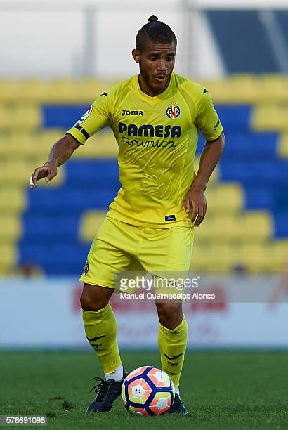 Jonathan Dos Santos of Villarreal in action during the friendly match between Villarreal CF and CD Hospitalet at Ciudad Deportiva of Miralcamp on...