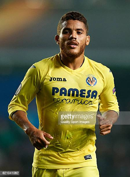 Jonathan Dos Santos of Villarreal looks on during the UEFA Europa League Group L match between Villarreal CF and Osmanlsport at El Madrigal on...