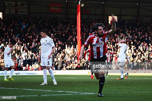 Jonathan Douglas of Brentford celebrates scoring during the Sky Bet Championship match between Brentford and AFC Bournemouth at Griffin Park on...
