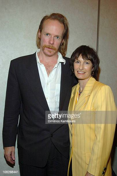 Jonathan Hensleigh, director and Gale Anne Hurd, producer