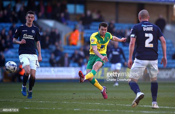 Jonathan Howson of Norwich scores the first goal of the game during the Sky Bet Championship match between Millwall and Norwich City at The Den on...