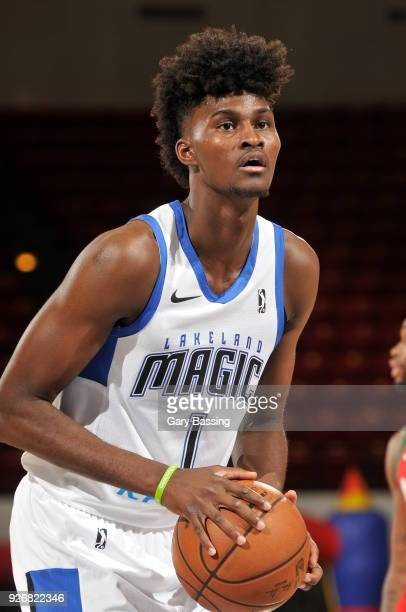 Jonathan Isaac of the Lakeland Magic shoots the ball during the game against the Maine Red Claws on February 23 2018 at RP Funding Center in Lakeland...