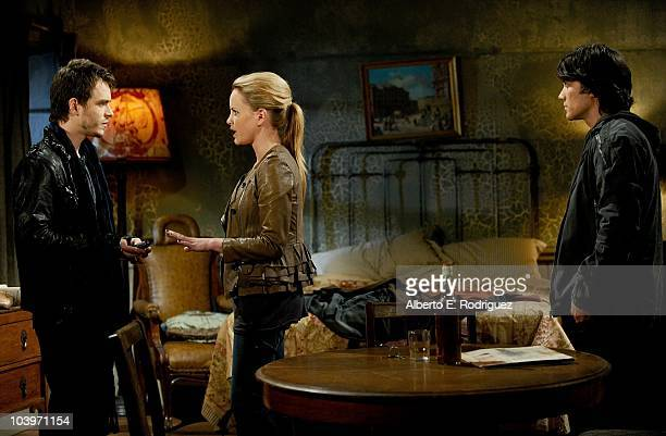 Jonathan Jackson Julie Berman and Dominic Zamprogna in a scene that airs the week of September 27th on ABC�s GENERAL HOSPITAL