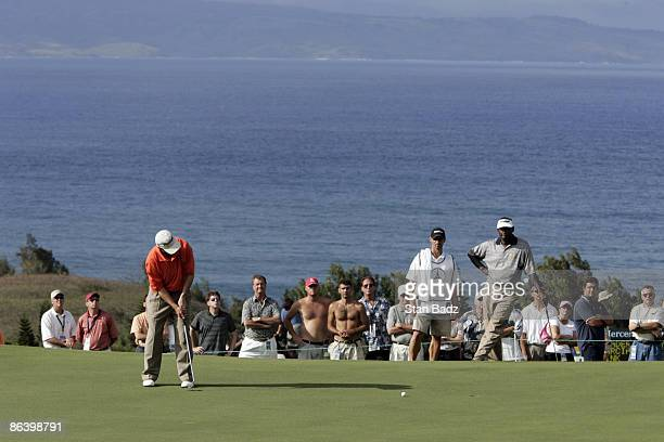 Jonathan Kaye makes his put during the first round January 6 of the 2005 Mercedes Championship held at the Plantation course at Kapalua Maui Hi