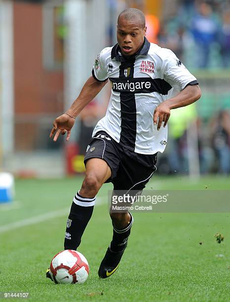 Jonathan Ludovic Biabiany of Parma FC in action during the Serie A match between UC Sampdoria and FC Parma at Stadio Luigi Ferraris on October 4 2009...