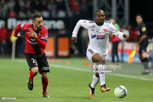 Jonathan Martins Pereira of Guingamp and Gael Kakuta of Amiens during the Ligue 1 match between EA Guingamp and Amiens SC at Stade du Roudourou on...