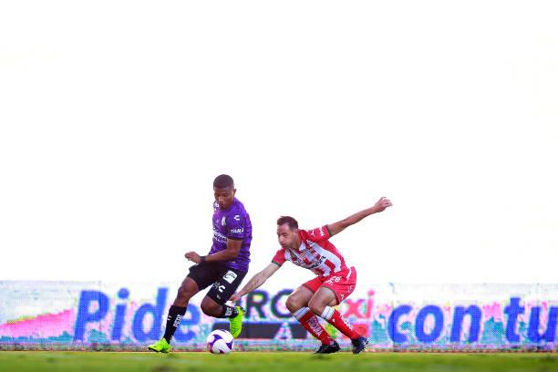 MEX: Queretaro v Necaxa - Torneo Guard1anes 2020 Liga MX
