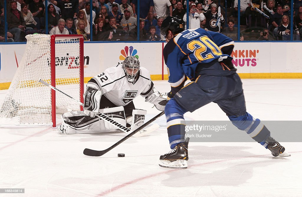 Jonathan Quick #32 of the Los Angeles Kings defends against Alexander Steen #20 of the St. Louis Blues in Game Five of the Western Conference Quarterfinals during the 2013 NHL Stanley Cup Playoffs on May 8, 2013 at Scottrade Center in St. Louis, Missouri.