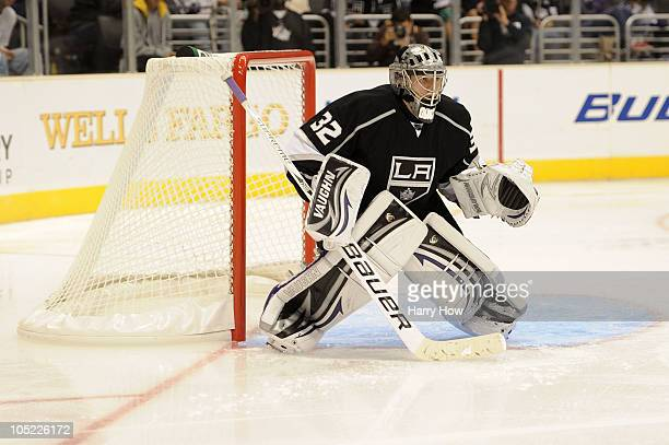 Jonathan Quick of the Los Angeles Kings stands in goal against the Atlanta Thrashers during their game at Staples Center on October 12 2010 in Los...