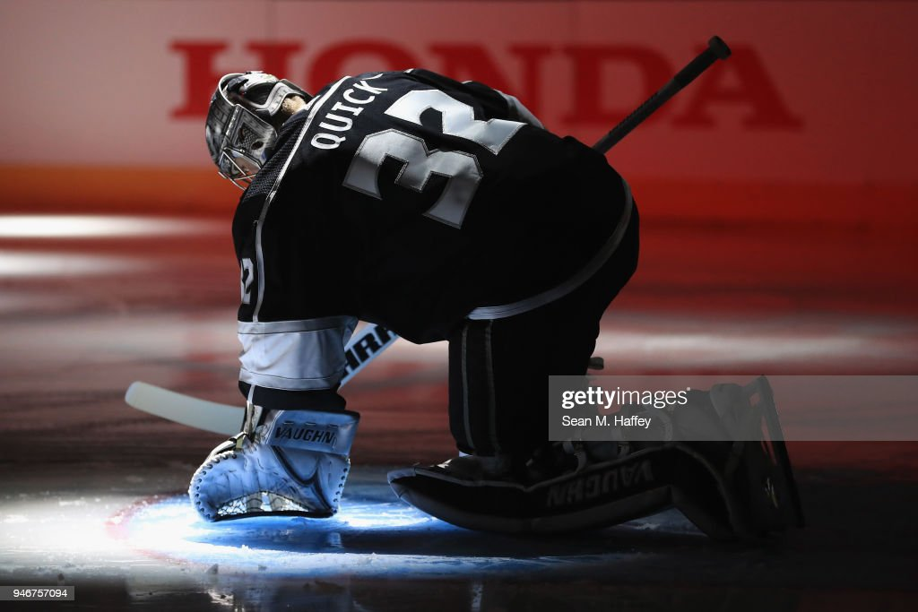 Vegas Golden Knights v Los Angeles Kings - Game Three : News Photo