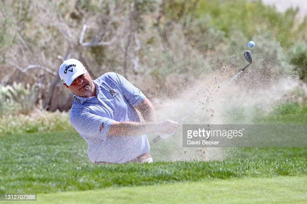 Jonathan Randolph plays his shot from the bunker on 17th hole during the first round of the MGM Resorts Championship at Paiute at the Las Vegas...
