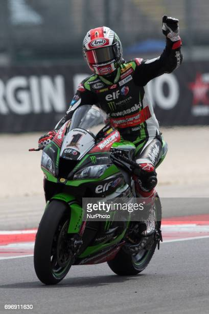 Jonathan Rea of Kawasaki Racing Team celebrate the second time during the superpole 2 of the Motul FIM Superbike Championship Riviera di Rimini Round...