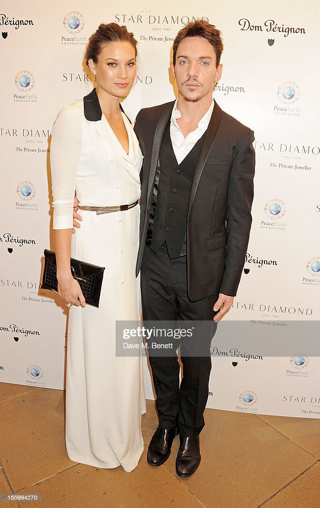 Jonathan Rhys Meyers (R) and Victoria Keon-Cohen attend the Place For Peace dinner co-hosted by Ella Krasner and Forest Whitaker to support the Peace Earth Foundation in association with Star Diamond at Banqueting House on November 10, 2012 in London, England.