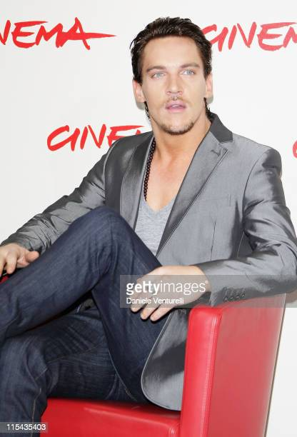 Jonathan Rhys Meyers attends the August Rush photocall during Day 3 of the 2nd Rome Film Festival on October 20 2007 in Rome Italy