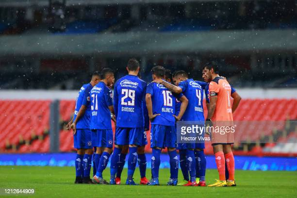 Jonathan Rodriguez of Cruz Azul celebrate with teammates after scoring the first goal of his team during the 10th round match between America and...
