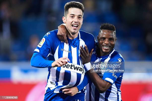 Jonathan Rodriguez of Deportivo Alaves celebrates after scoring with Wakaso Mubarak of Deportivo Alaves during the La Liga match between Deportivo...