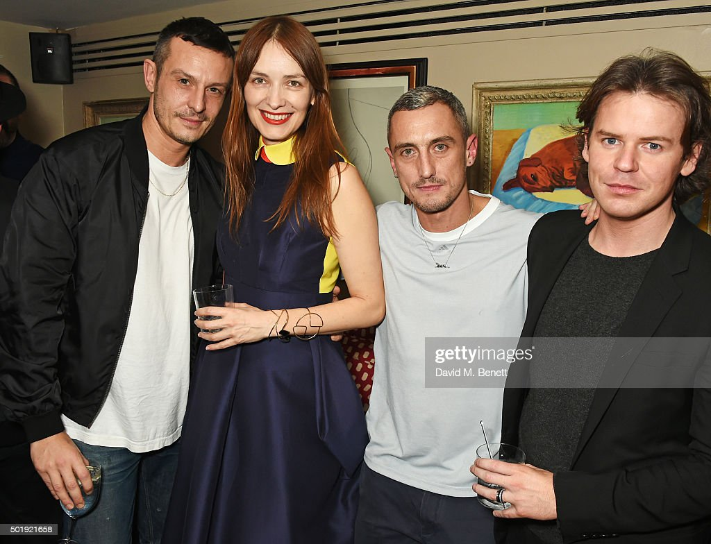 LOVE Christmas Party At George : News Photo