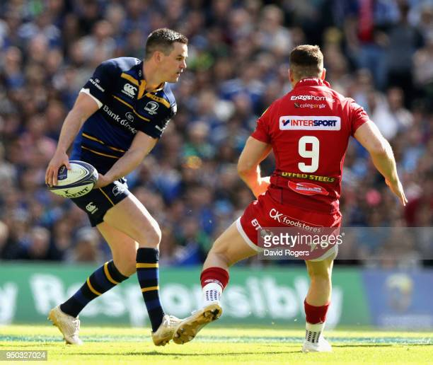 Jonathan Sexton of Leinster passes the ball during the European Rugby Champions Cup SemiFinal match between Leinster Rugby and Scarlets at Aviva...